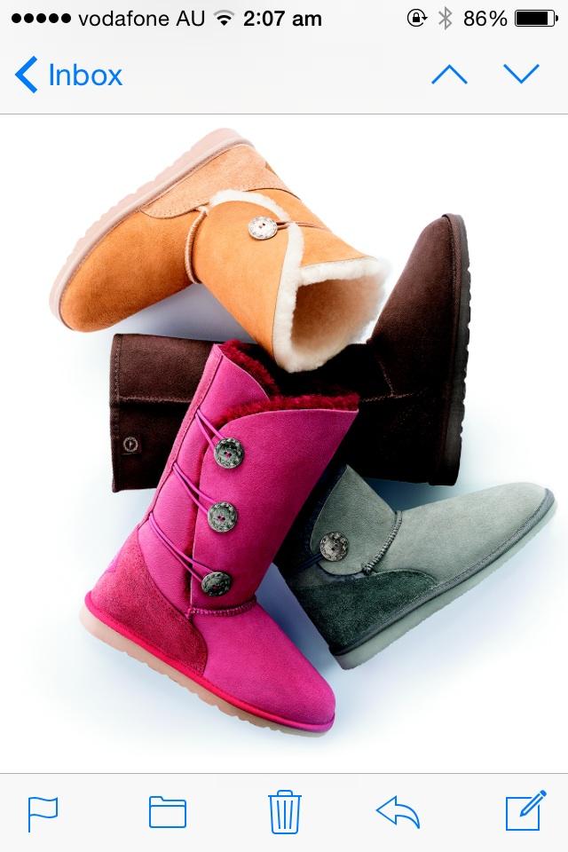 - Sheepskin Footwear, UGG AUSTRALIA - <br> (prices on request)